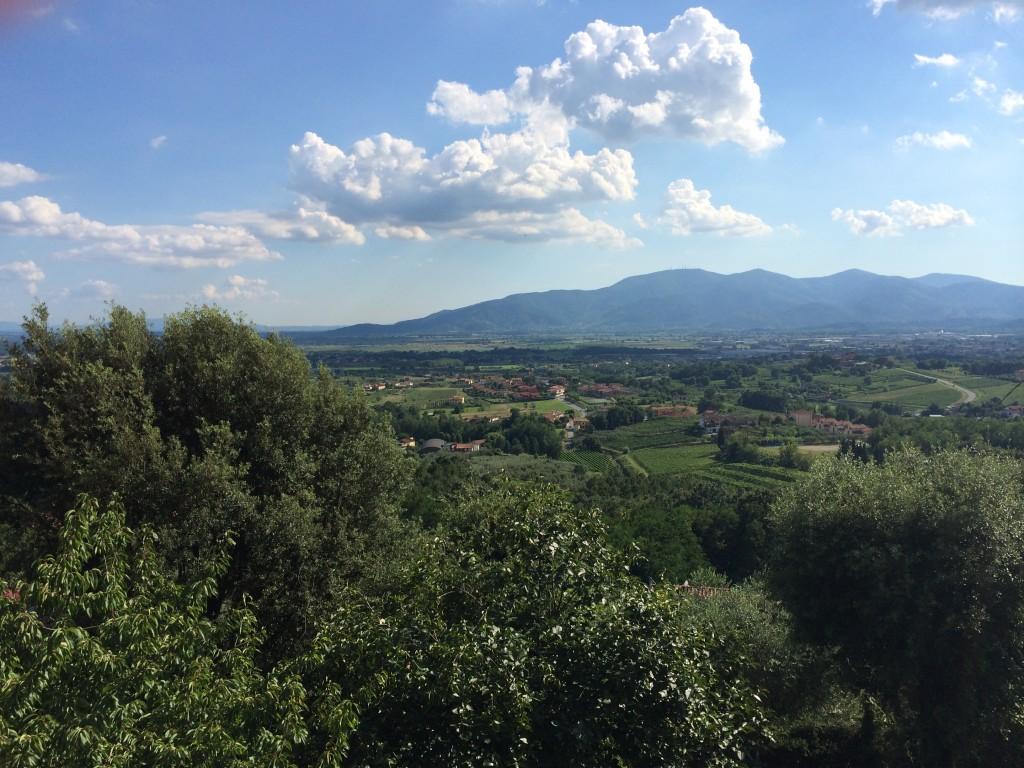 Bjergtagende udsigt over Toscanas landskab
